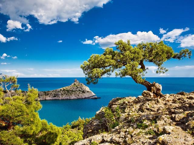 Olcsó pihenés. Átgondolt turizmus: ahol olcsón pihenjenek a Krím-félszigeten