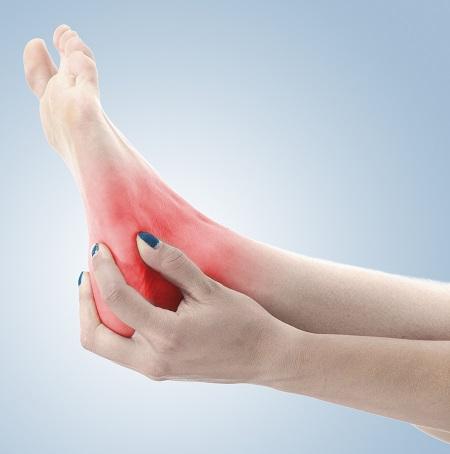 Fájdalom a láb külső szélén