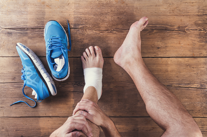 összeroppan és fáj az ízületekben a láb ízületeinek gyulladásának okai
