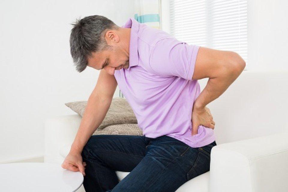 csípő alsó hátfájás forró váll fájdalom