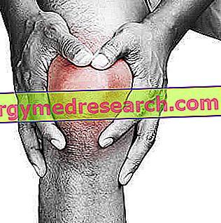 a térd traumás bursitisének kezelése