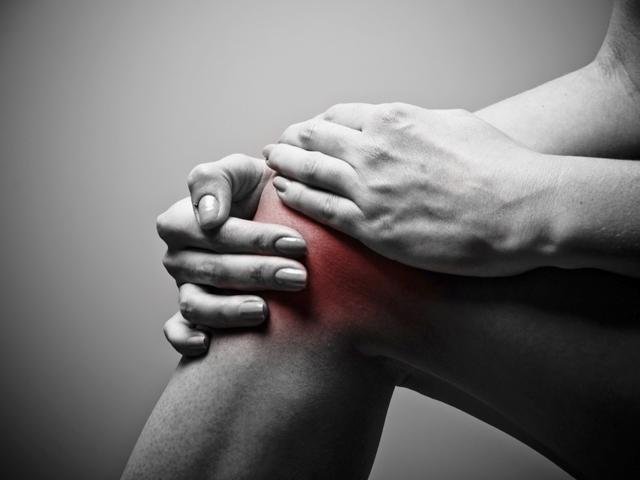 a lábak ízületei fájnak, mint segítenek hogyan kell kezelni az osteochondrosis kenőcsöt