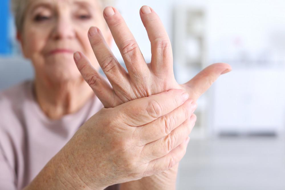 érzéstelenítő kenőcs térdízületeknél fájdalmak a kar kisujja ízületében