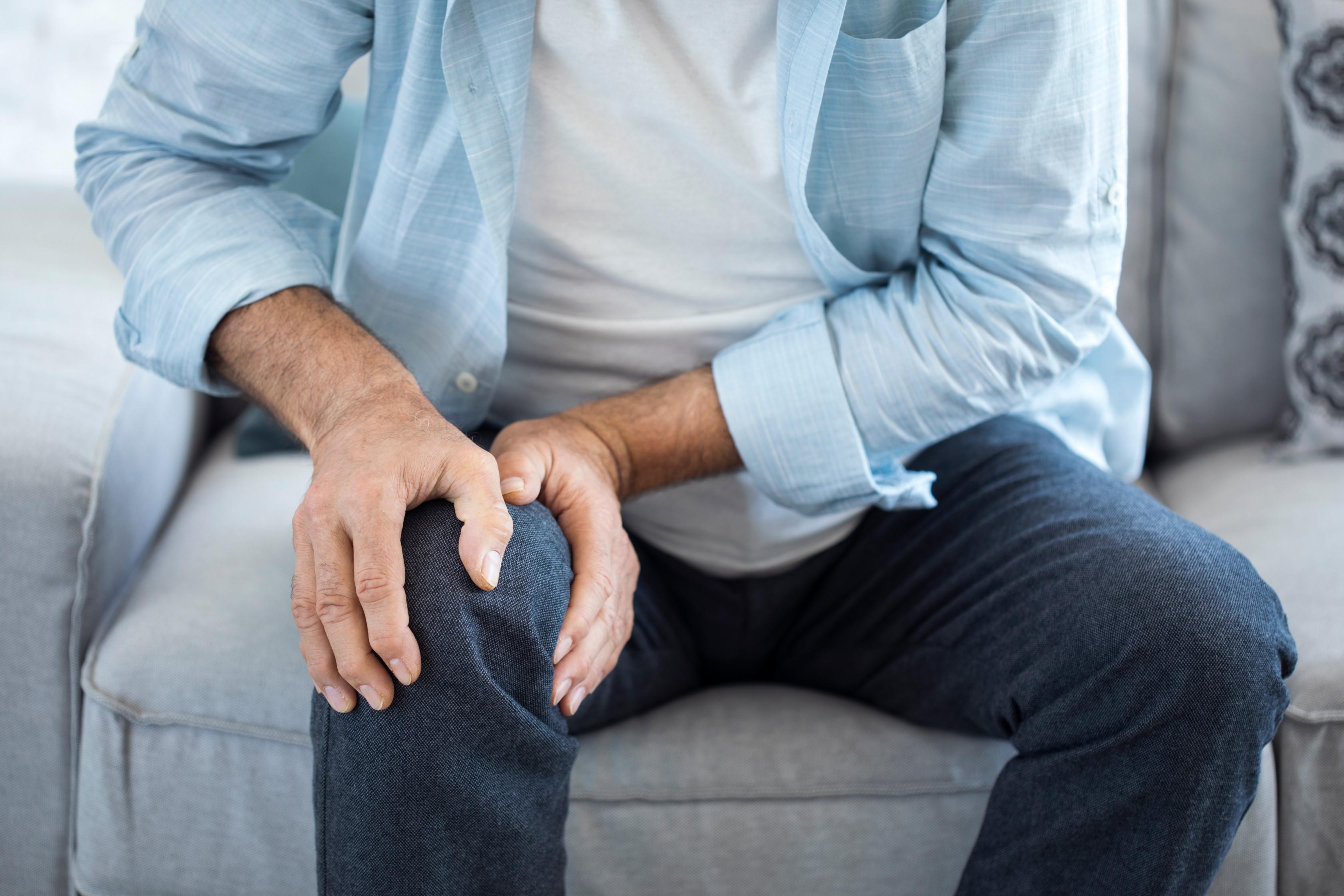 az ízületi gyulladás fáj a kezed