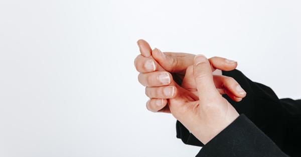 Zsibbad a karja, sajognak az ujjai? Ezek az alagút szindróma tünetei - EgészségKalauz