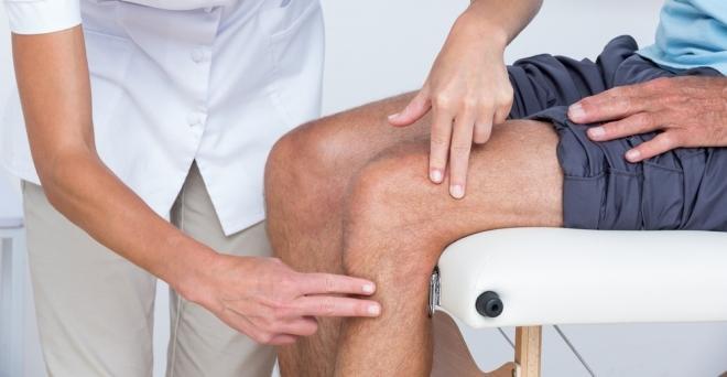 folyadék a térd bursitis kezelésében fáj a könyök ízületei