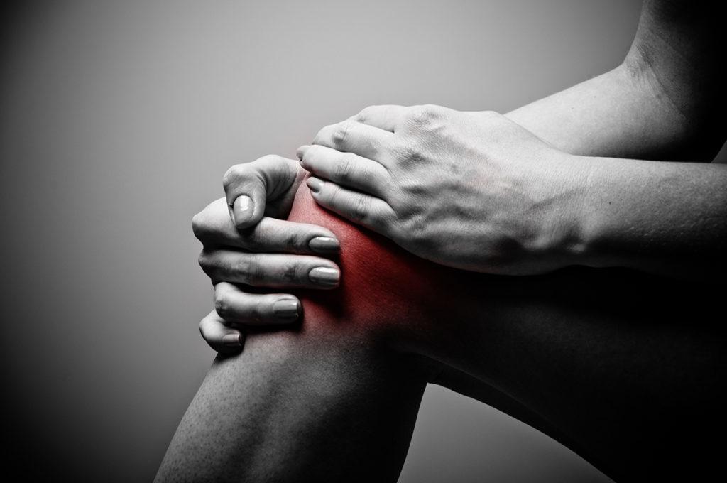 fájó térdfájdalom belső oldalán