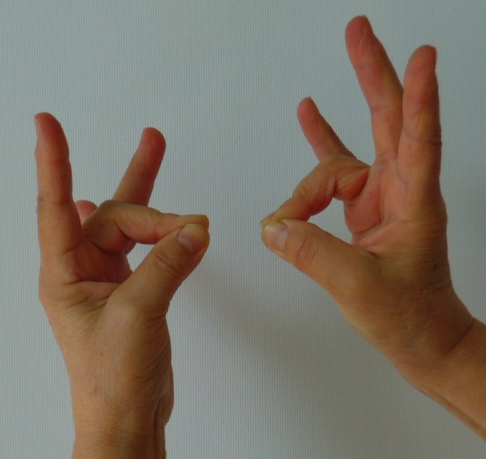 fájó ujj a kezén az ízületben