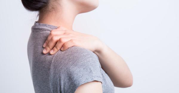 éles fájdalom a vállízületben mozgás közben
