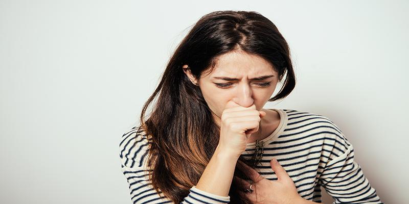 ízületi fájdalom köhögés a fájdalom elment a csípőízületben